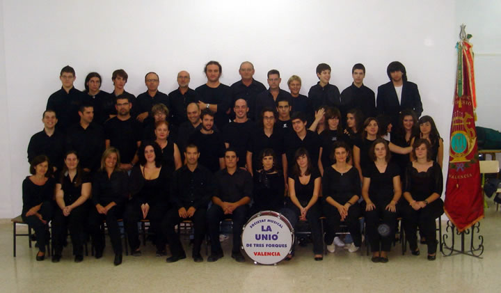 Foto oficial de la Societat Unió Musical de Tres Forques
